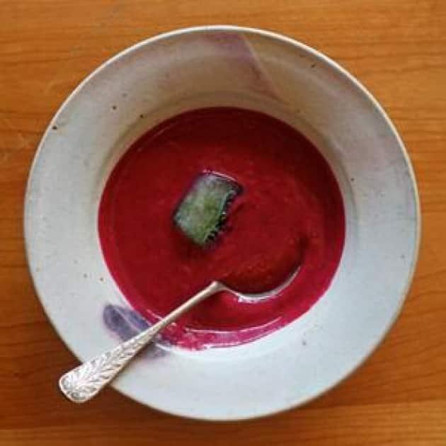 Chilly Beet Yogurt Soup